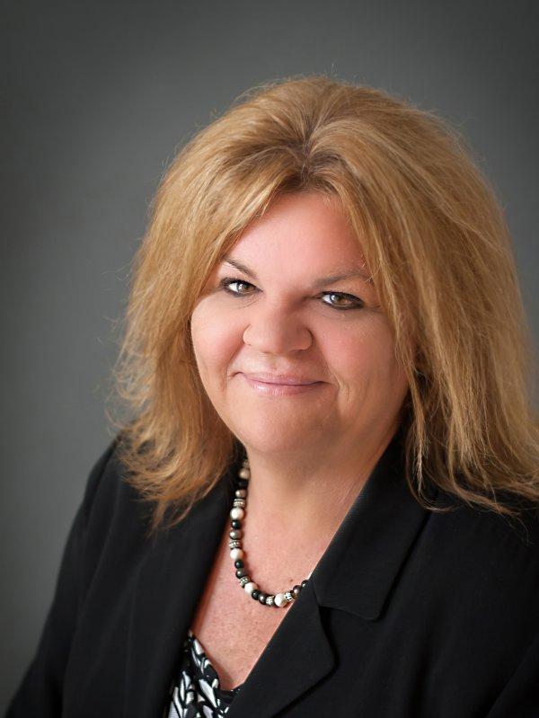 Headshot of Lori Maday   Buffalo, NY   Sheridan Benefits, LLC